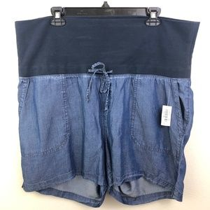 Old Navy Maternity Rollover-waist Shorts - Size L